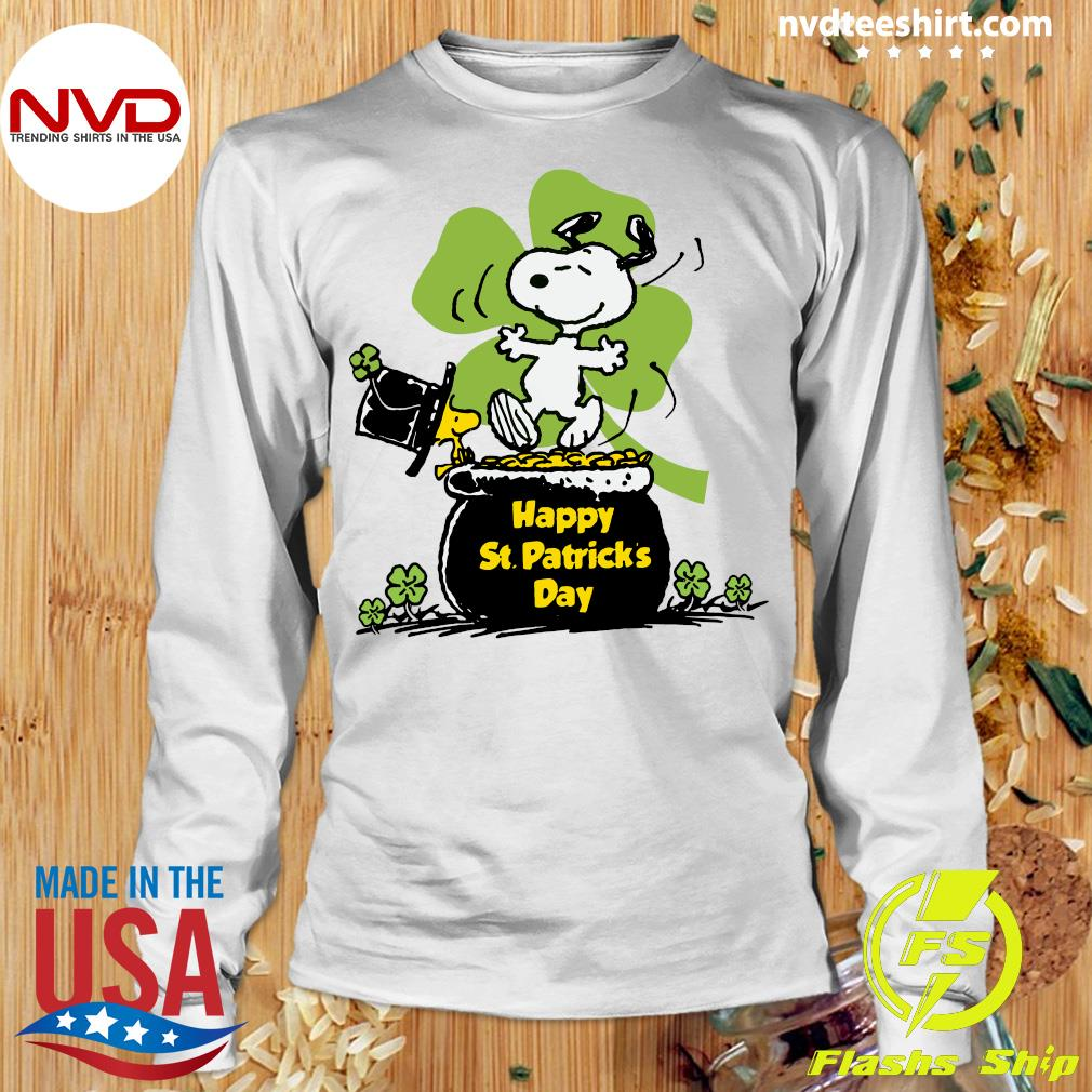Official Happy St Patrick's Day Snoopy And Woodstock Funny T-s Longsleeve