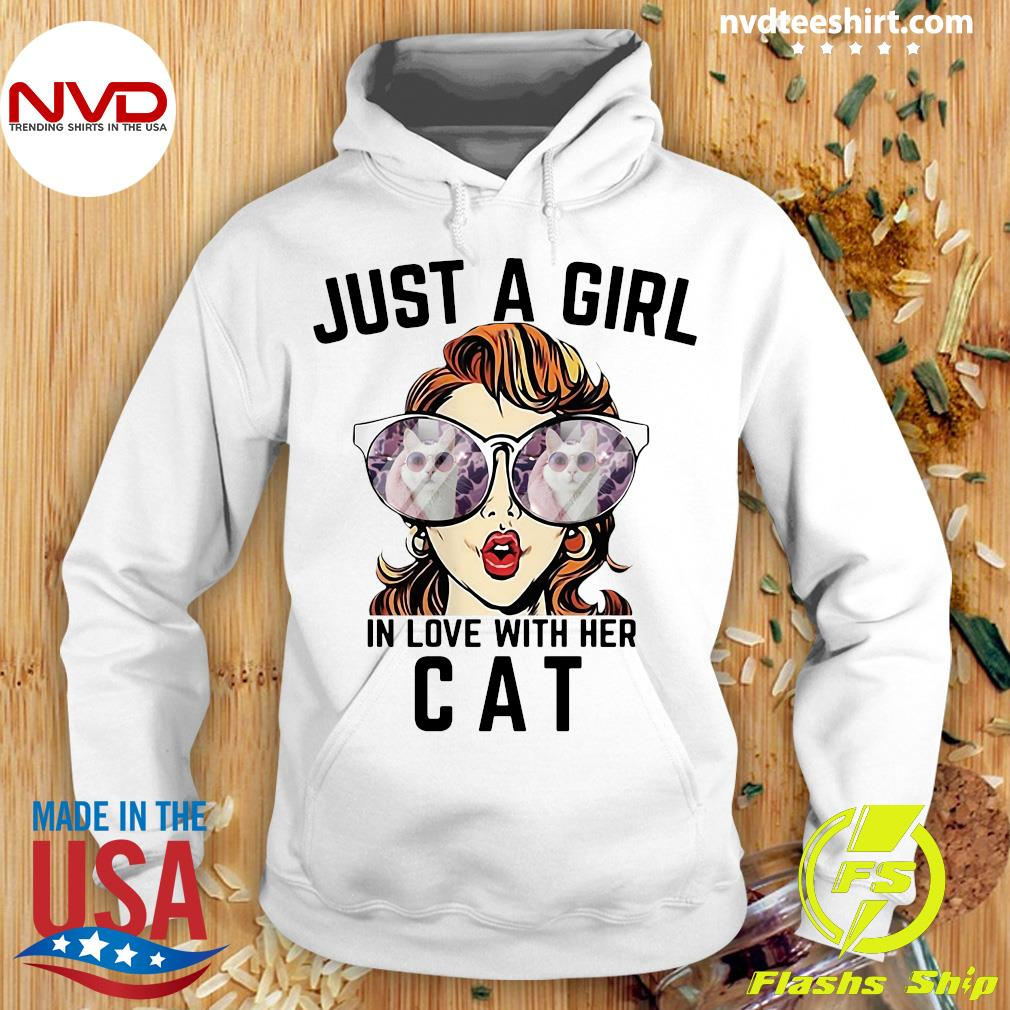 Official Just A Girl In Love With Her Cat T-s Hoodie