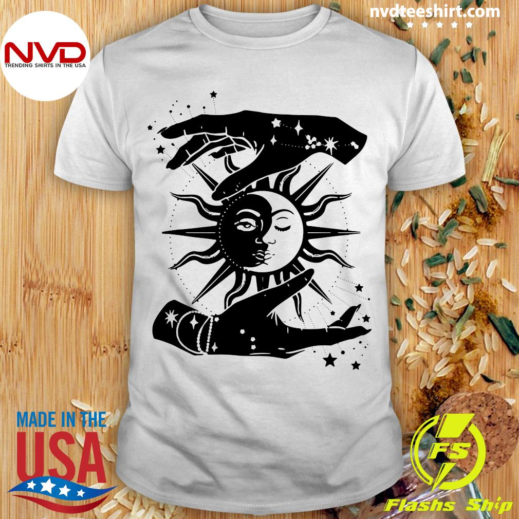 Official Sun And Moon Hands Tarot Card Style T-shirt