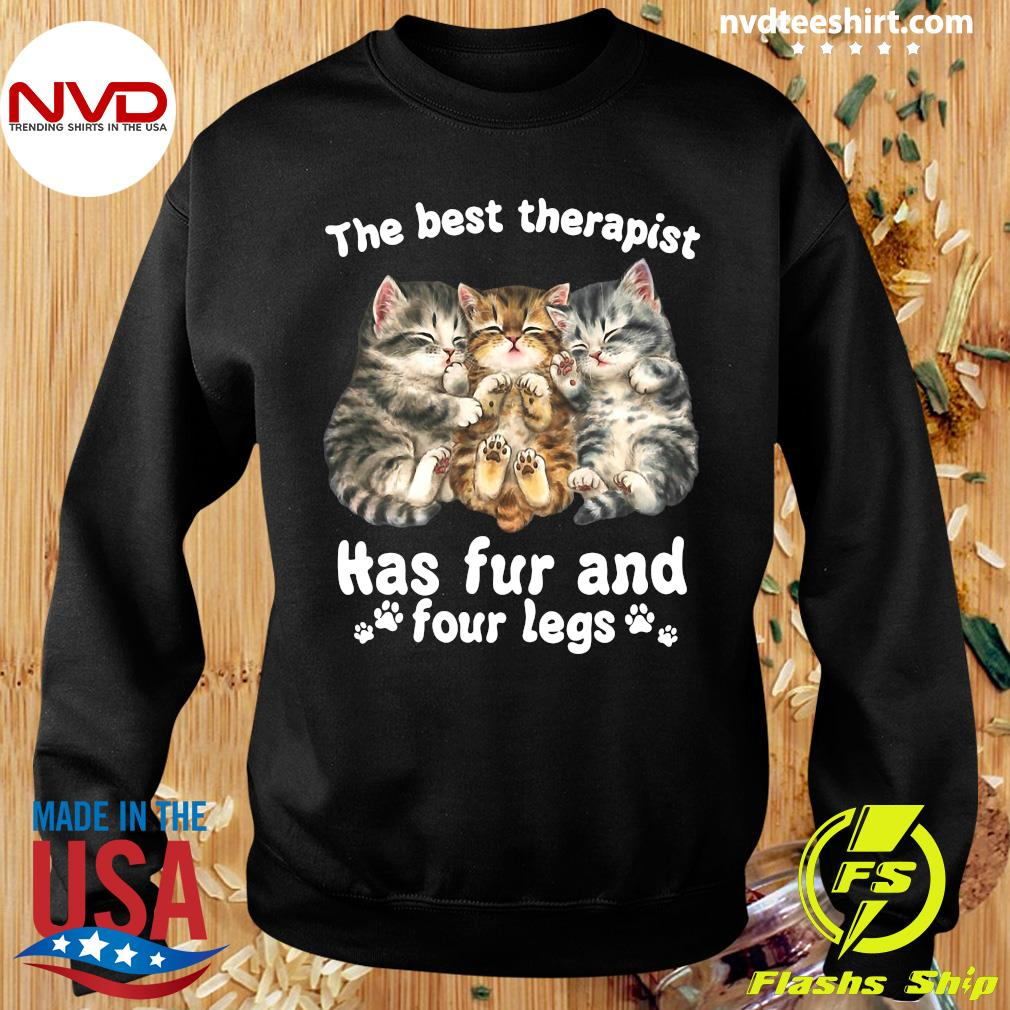 Official The Best Therapist Has Fur And Four Legs Cat Lover Gift Cat T-s Sweater