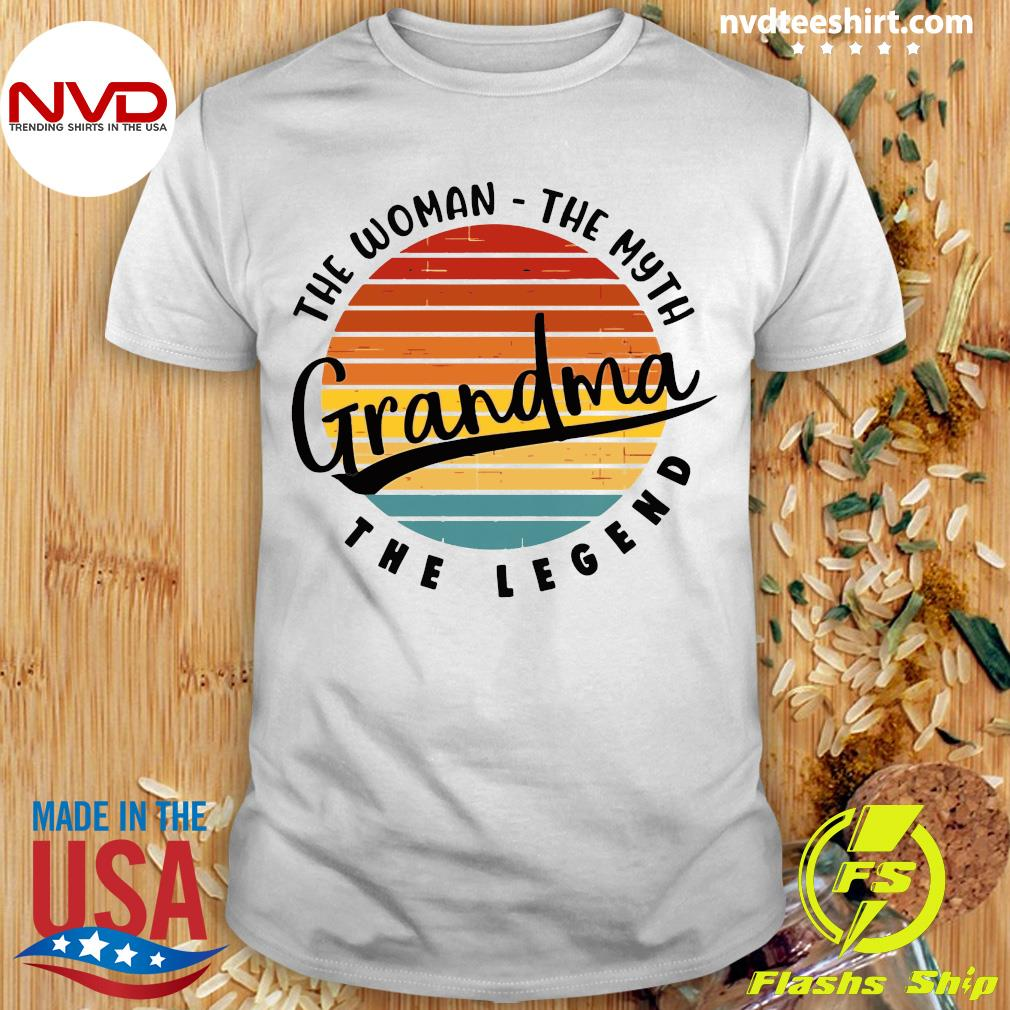 Official The Woman The Myth Grandma The Legend Vintage Retro T-shirt