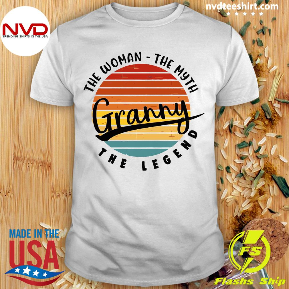 Official The Woman The Myth Granny The Legend Vintage Retro T-shirt