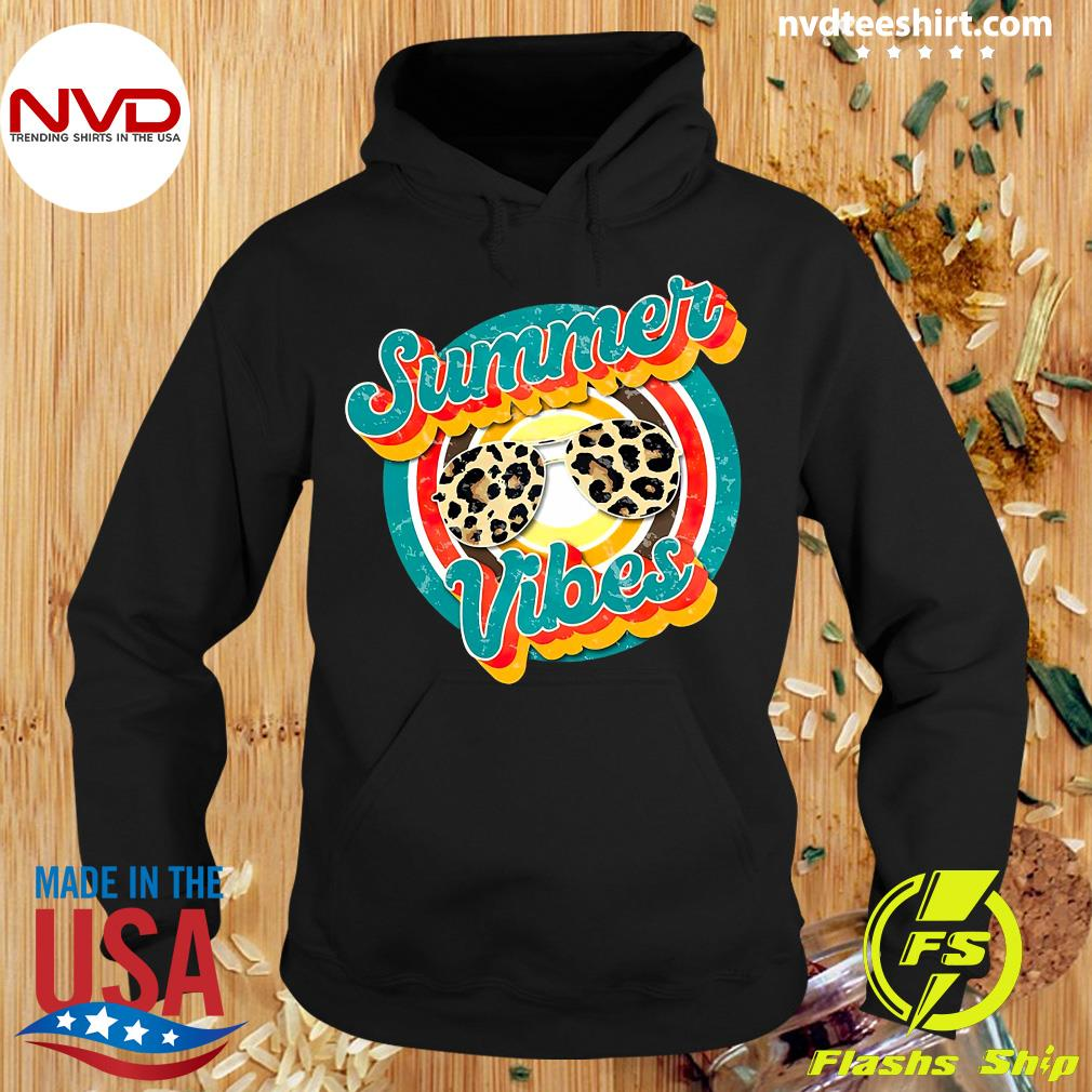 Official Nurse Summer Vibes T-s Hoodie
