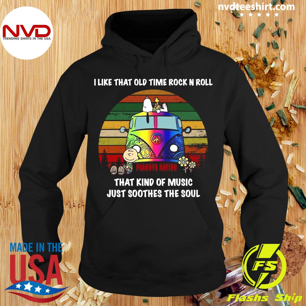 I Like That Old Time Rock N Roll That Kind Of Music Just Soothes The Soul Snoopy Shirt Hoodie