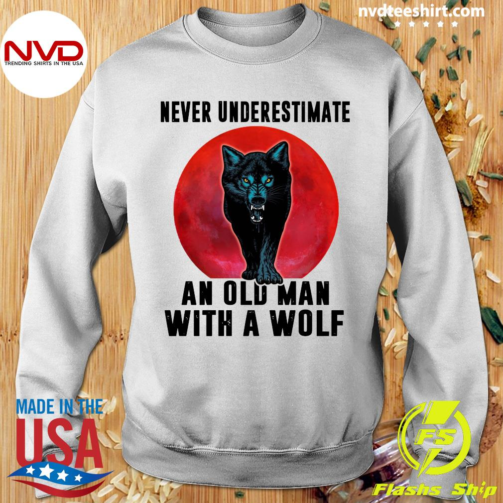 Never Underestimate An Old Man With A Wolf Vintage Shirt Sweater