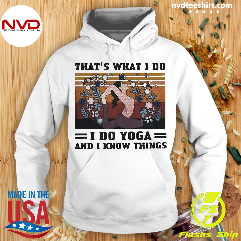 Vintage That's What I Do I Do Yoda And I Know Things Girl Floral Shirt Hoodie