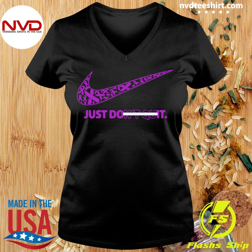 Official Breast Cancer Awareness Nike Just Don't Quit Shirt Ladies tee